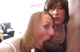 Madura cachonda con grandes tetas caídas. video trio gay