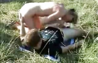 ¡La milf videos porno gay en vivo canadiense pervertida Shanda Fay se masturba en la playa!