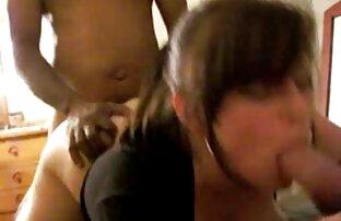 Hermosa morena Alexis Adams follando duro xxx gay pollas grandes al aire libre